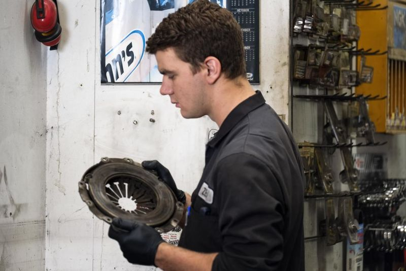 Forbury Service Centre are clutch specialists.